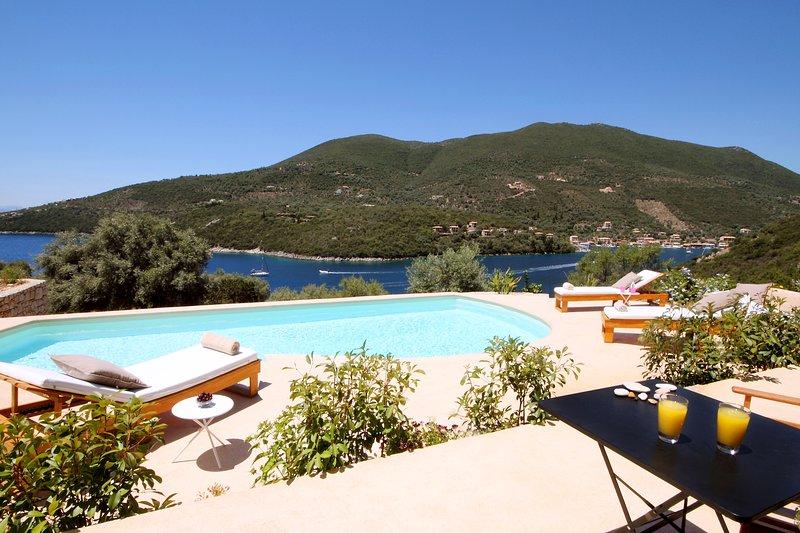 Special Monthly Rates for Sea Access - Luxury Villa Phos - Amapola Villas, location de vacances à Lefkada