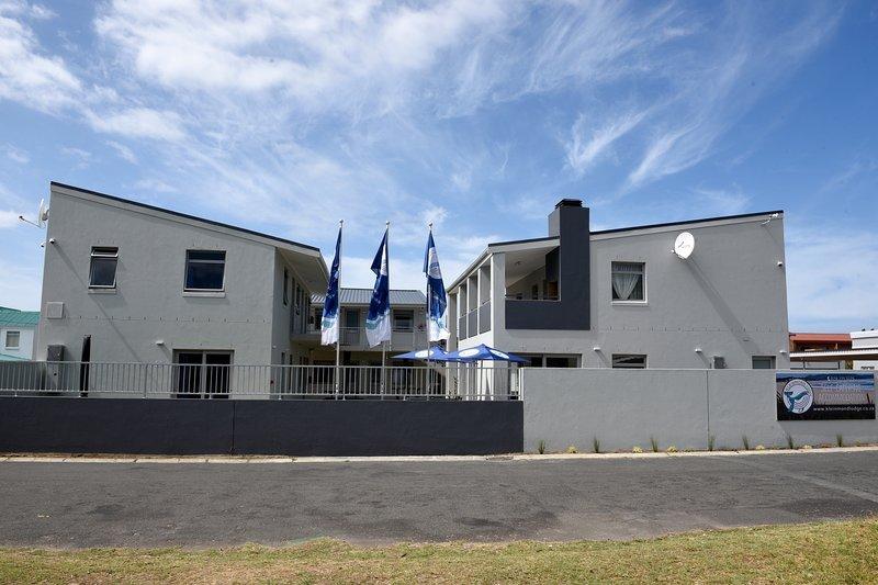Kleinmond Lodge (Standard Unit 4 w/ 2 Single Beds), location de vacances à Botrivier