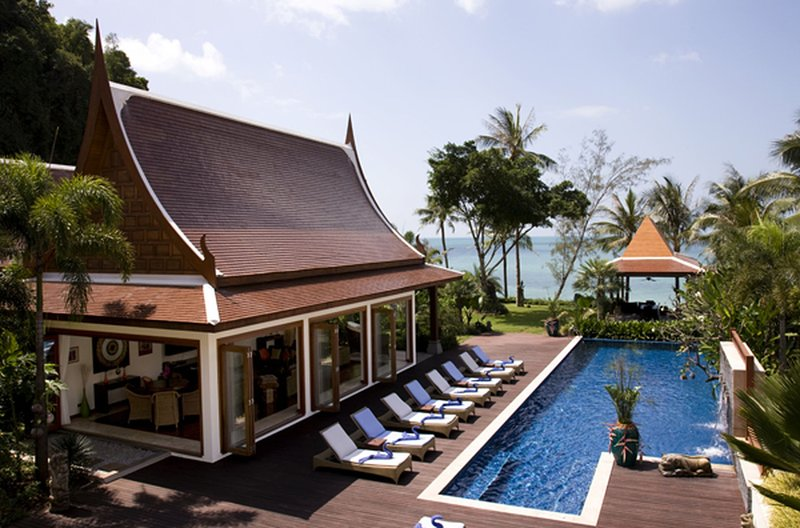 [30% OFF] Villa Haineu Beachfront Luxe Villa w/ Chef, Jacuzzi, vacation rental in Lipa Noi