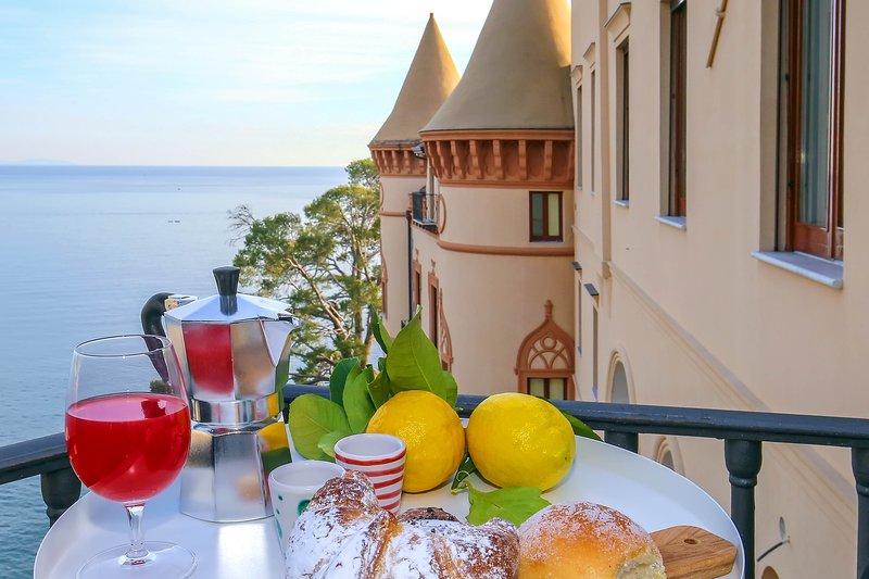 Castle Mezzacapo|Maior, appartamento incantevole nel castello sul mare, aluguéis de temporada em Minori