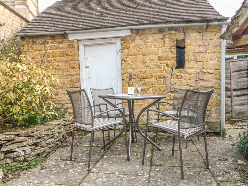 wadham cottage perfect for couples and small families bourton on rh tripadvisor co uk