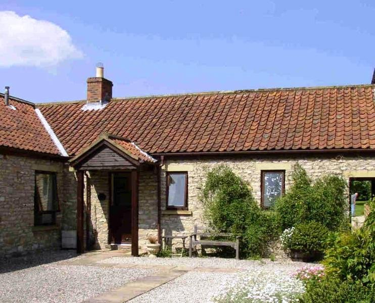 Pigeon Cote Cottage - Pickering - Gateway to York Moors, holiday rental in Cropton