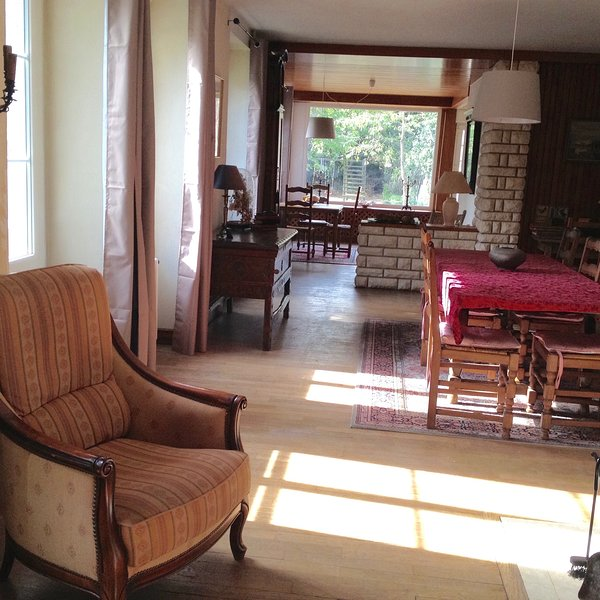 Amazing house with garden & terrace, holiday rental in La Pallu