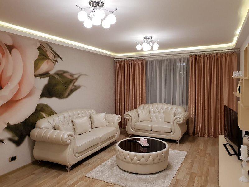 Diamond residence 5 stars ***** absolute luxury, holiday rental in Sanpetru