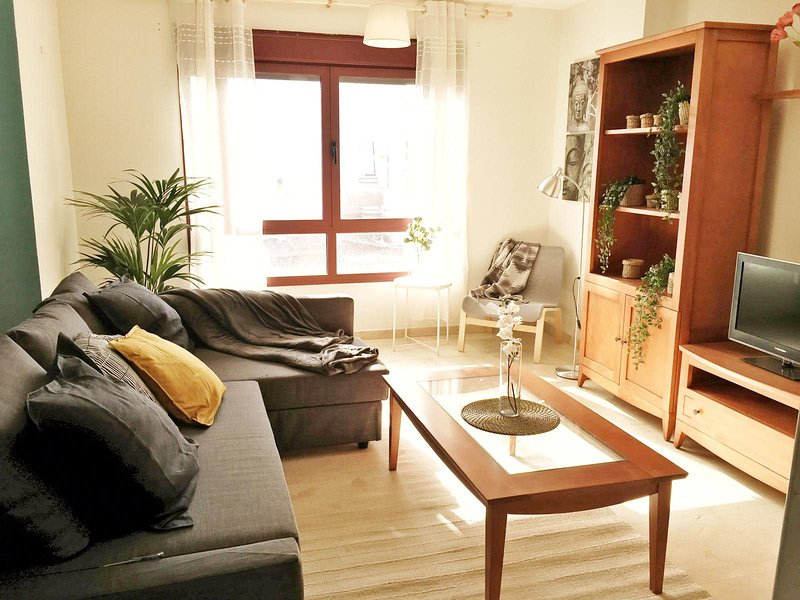 La Cicer Beach Flat I by Canary365, holiday rental in Tamaraceite