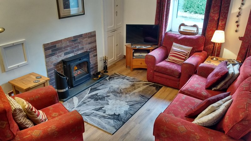 Stybarrow Cottage:  well equipped, wood burner, free WiFi, private parking