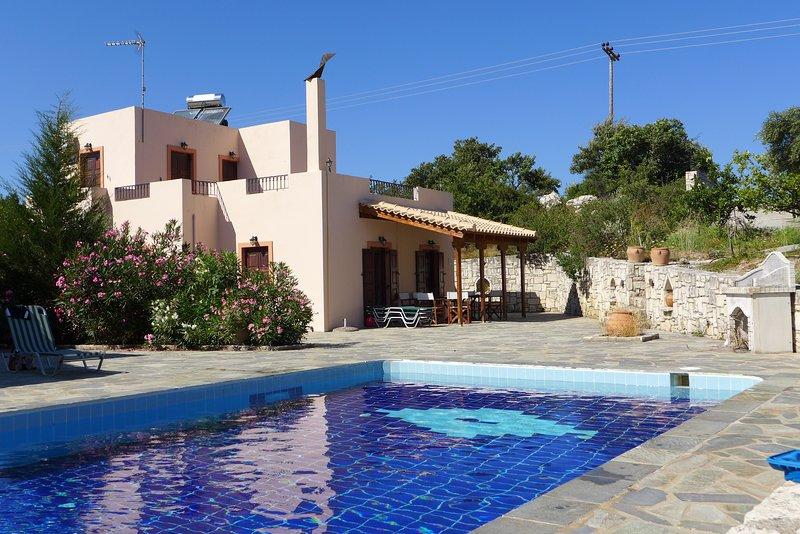 Villas Olga and Yorgos, vacation rental in Milopotamos