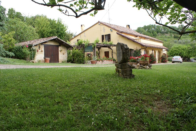 B&B Salvarosa Camera Lido Maria   ' Lontano dalla Pazza Folla ', location de vacances à Carignano