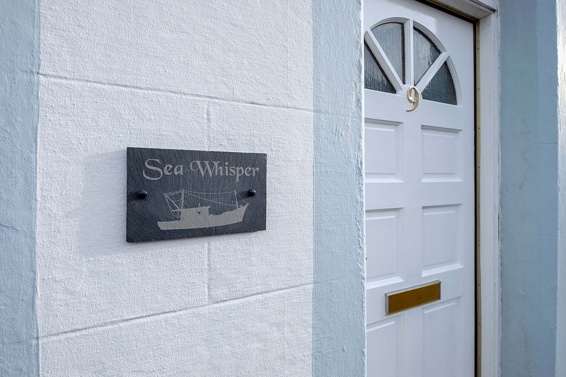 Sea Whisper- spacious home in charming fishing village, vacation rental in Pittenweem