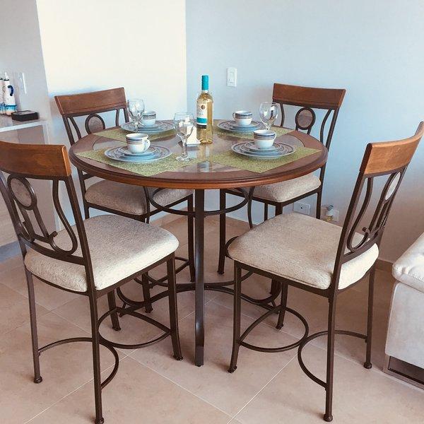 Elegante tavolo da pranzo