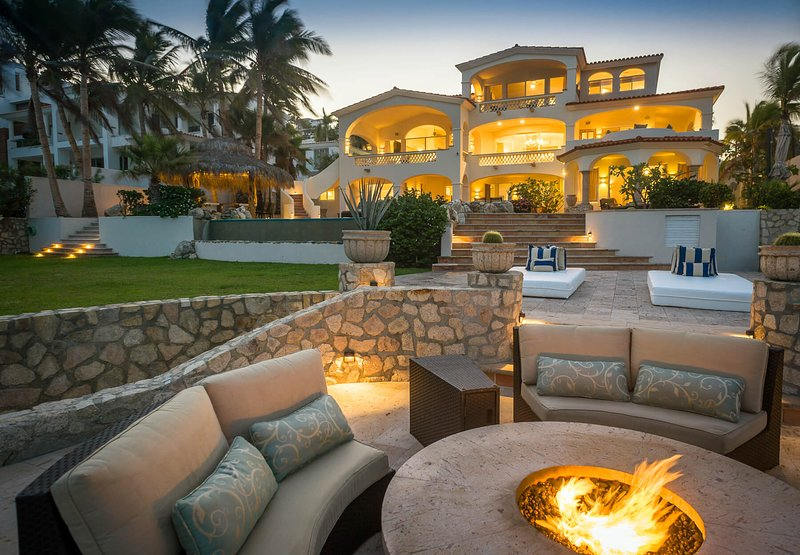 A perfect Cabo vacation can only be complete with a stay at Casa Edwards Too!