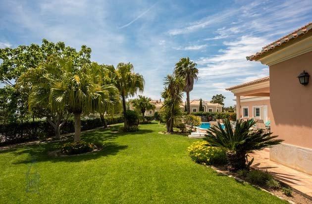 Quinta do Lago Villa Sleeps 8 with Pool Air Con and WiFi - 5749176, holiday rental in Quinta do Lago
