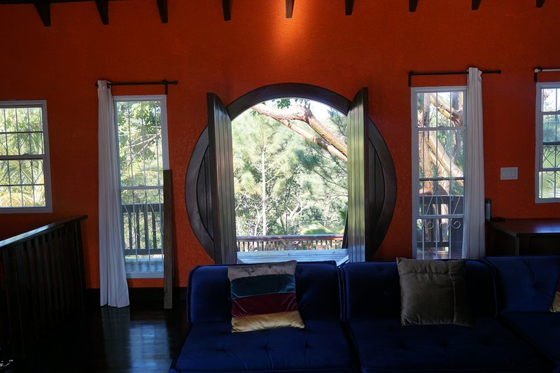 Theravada Forest Retreat - Buganda Deluxe Villa, holiday rental in East End