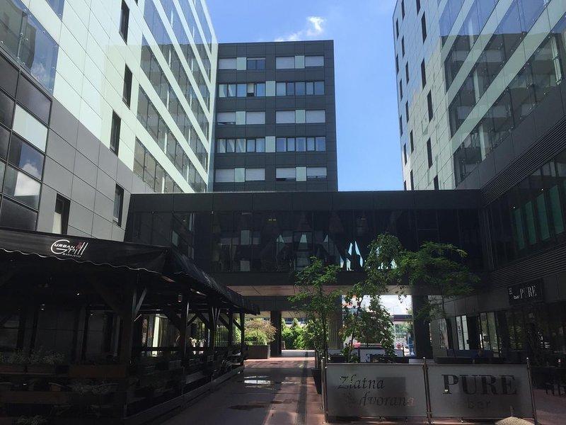 Spansko Apartment Sleeps 2 with Air Con - 5771831, location de vacances à Zapresic