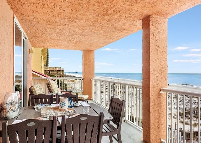 Buena Vista 301 ~ 3 Bdrm Beachfront ~Your Home Away From Home! ~Bender VR, location de vacances à Gulf Shores