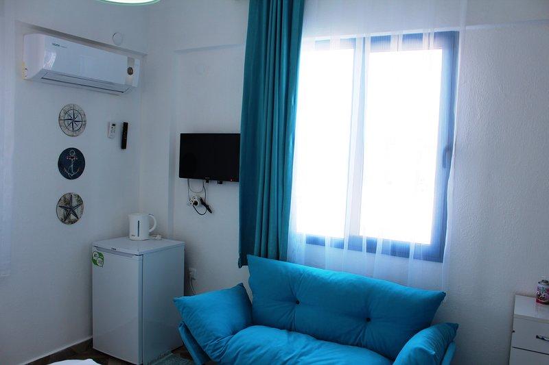 Poolside Double Room 1 – semesterbostad i Altinkum