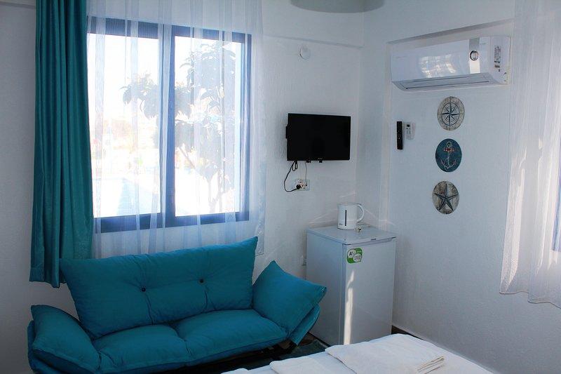 Air Condition / Tv / Kettle / Fridge