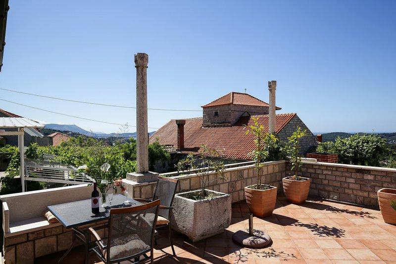 Villa Meskal Studio 1, holiday rental in Orasac