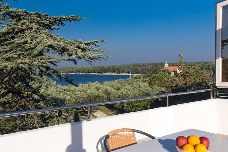 Villa Buka - Apartment 4, holiday rental in Punat