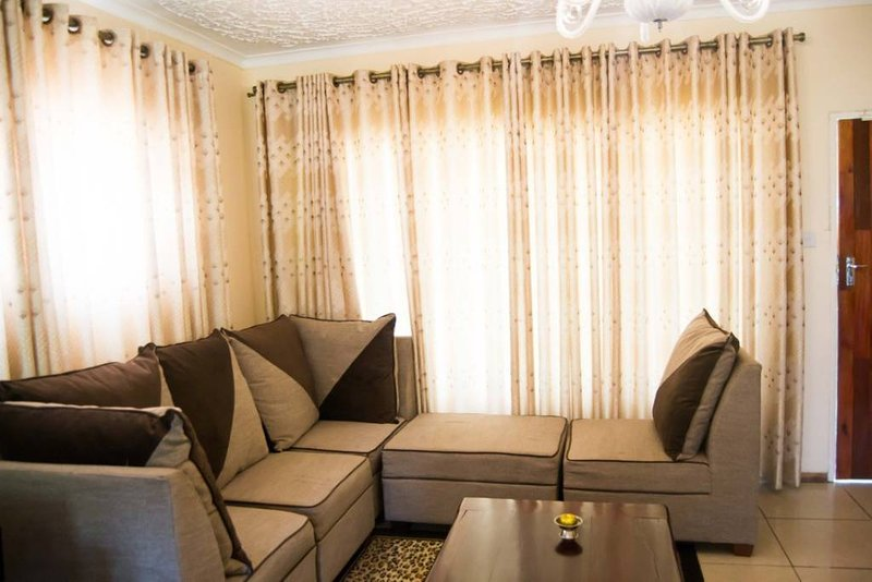 Exquisite 2 bedroom cottage by Chisipite, vacation rental in Zimbabwe