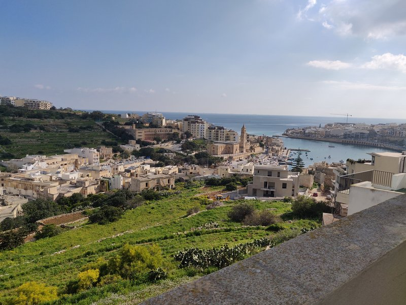 Modern and luxurious penthouse with views, vacation rental in Marsascala
