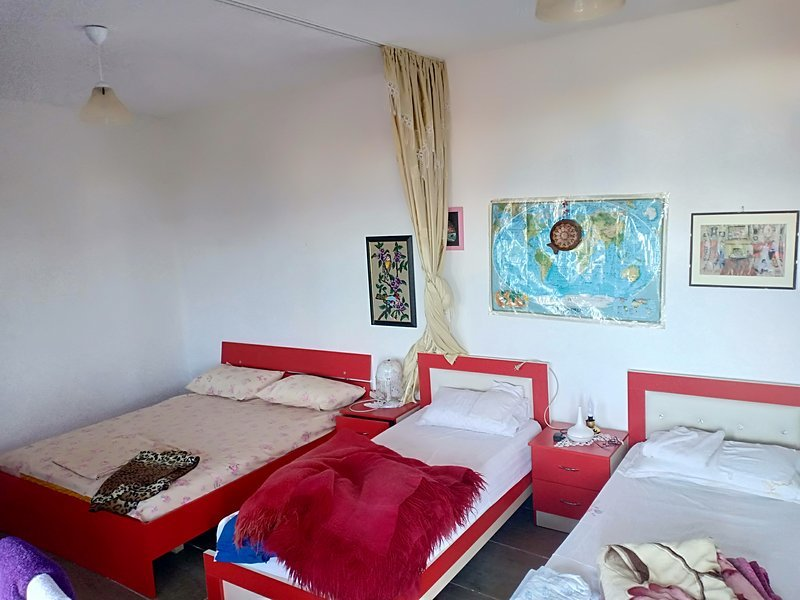 Guesthouse leko B, location de vacances à Orikum