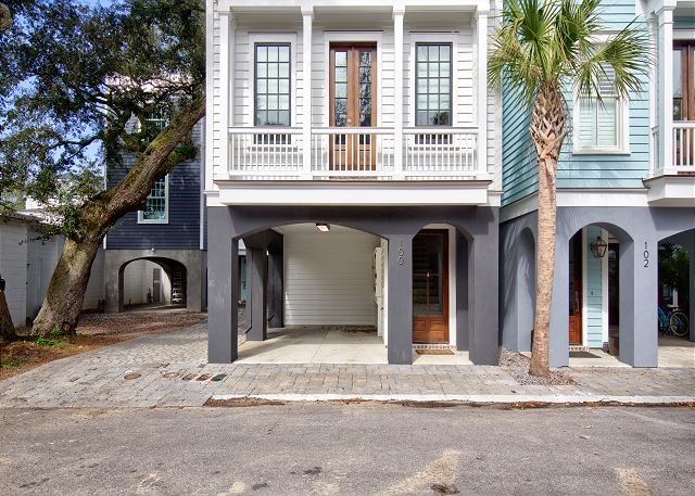 Contemporary Living in Historic Old Village, aluguéis de temporada em Mount Pleasant