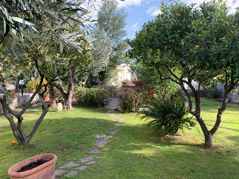 Casa Vacanza Le Lantane, vakantiewoning in Galtelli