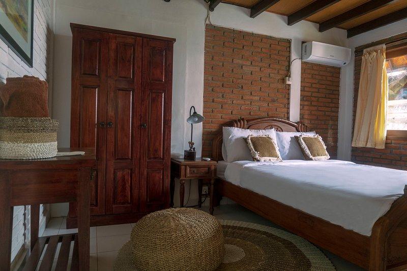 Standard Double Room, holiday rental in Dangin Puri