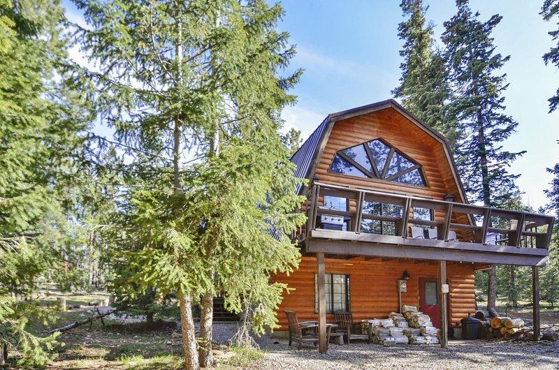Eagle Crest Cabin 3 bedroom / 2 bath (Sleeps 10), location de vacances à Long Valley Junction
