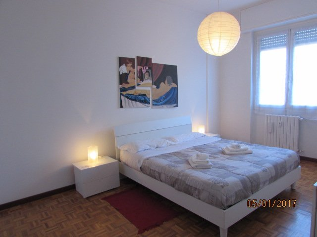 CITYHOUSE X 5 | WiFi | 20 min from Center, vacation rental in Brusuglio