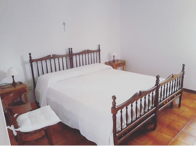 Villa con accesso diretto alla spiaggia di S'Ena e Sa Chitta, vacation rental in Capo Comino