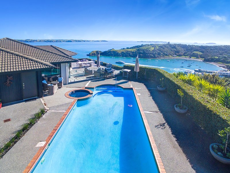 Pool with Spectacular Views