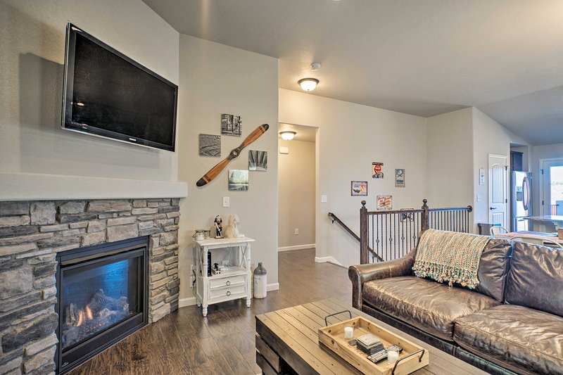 Colorado Springs Home w/ Game Room & Mtn Views, vacation rental in Black Forest