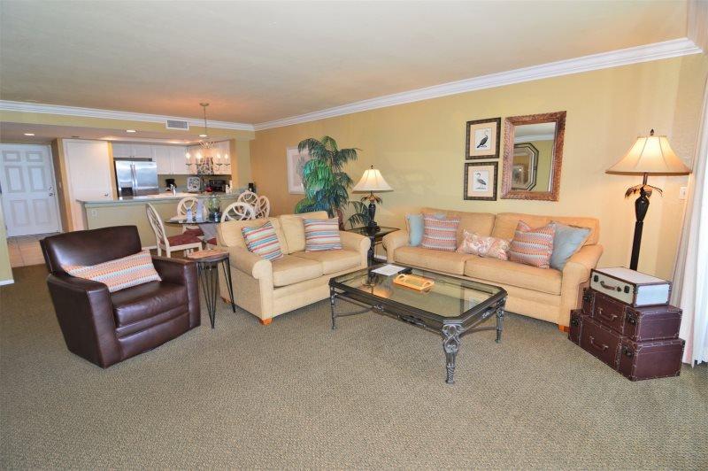 Bay View Tower - 1033, alquiler de vacaciones en Fort Myers