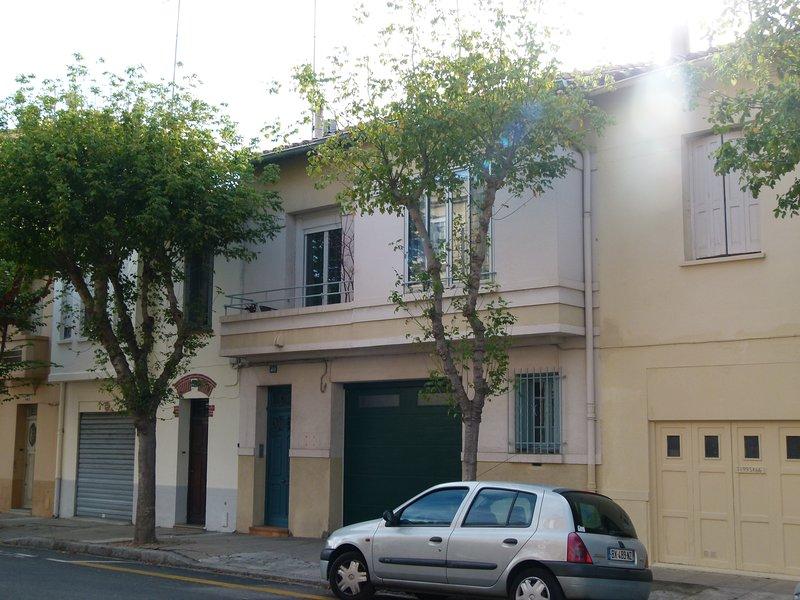 50 M2 HAVRE DE PAIX A 200 METRES DU PALAIS DES ROIS DE MAJORQUE, alquiler vacacional en Canohes