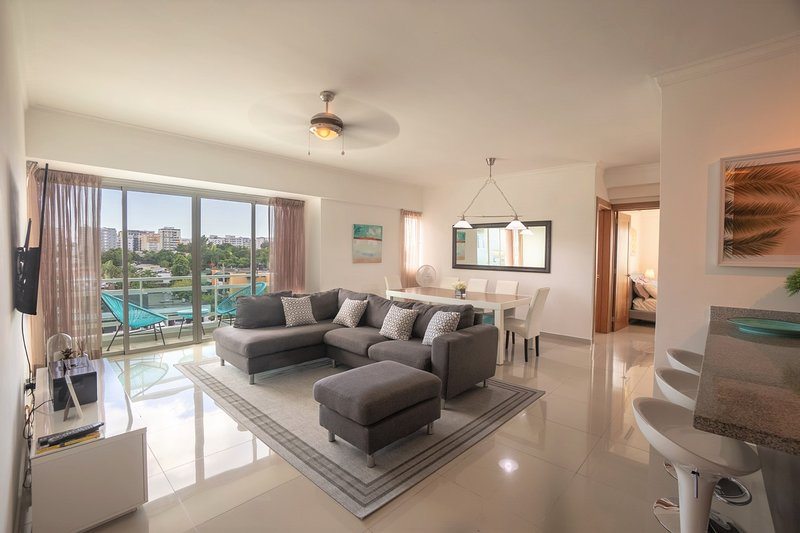 Santo Domingo Luxury Downtown Apartment ✔️, vakantiewoning in Santo Domingo