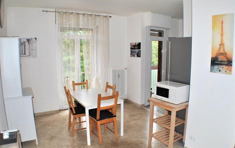 Intero appartamento Venice CASA SOFOCLE BIG Family 9 Posti Free Parking, vakantiewoning in Campalto