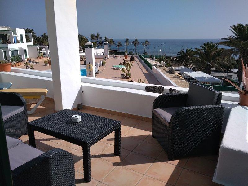 Apartamento en la playa, holiday rental in Costa Teguise