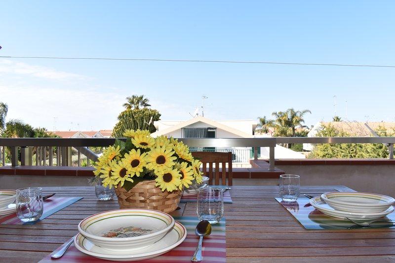 Kaukana di Ponente, a 450 metri dalla spiaggia, holiday rental in Pellegrino