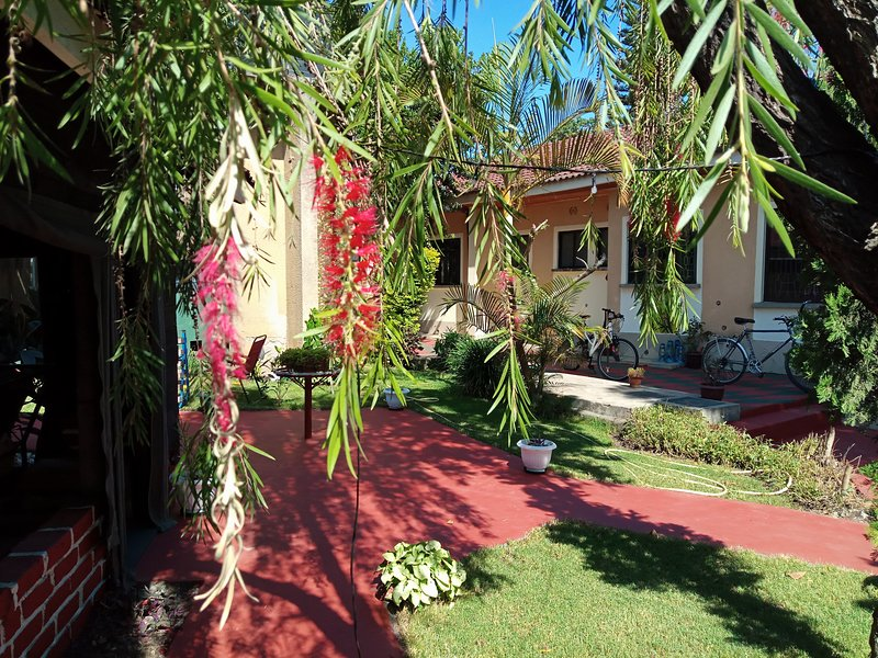 Mazzola Safari House & Backpacking, holiday rental in Arusha