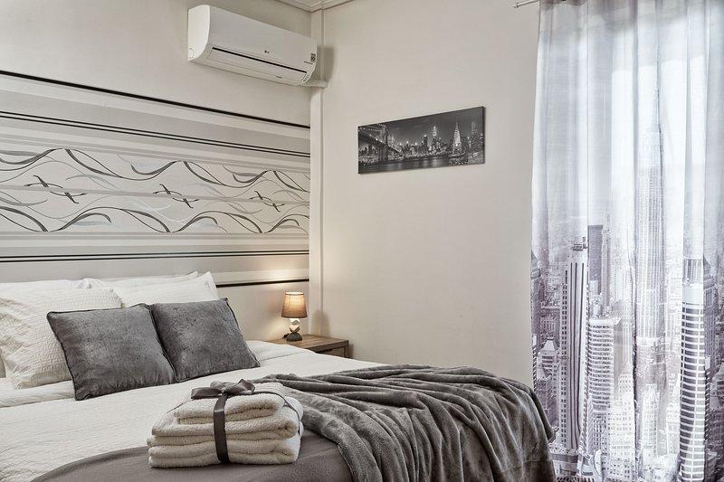 Sunny 5***** Apartment 3 bd / Glyfada. – semesterbostad i Glyfada