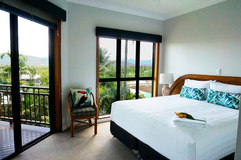 Beautiful Ocean Views in the Heart of Port Douglas | 2 Bedroom Luxury Villa, vacation rental in Port Douglas