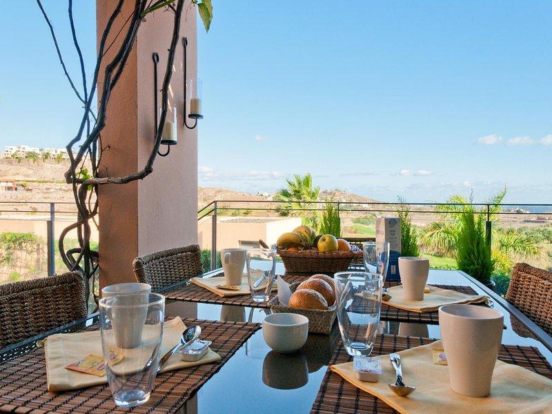 Los Lagos 22 | Salobre Golf Resort, vacation rental in Montana La Data