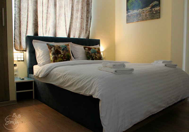 B&BKorcaSmile Blu doubel room, location de vacances à Korce County