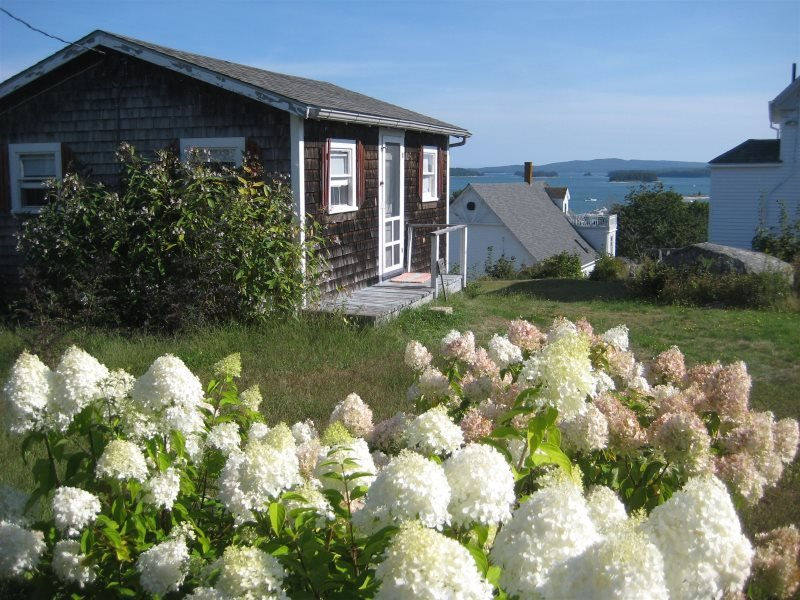 WEST COTTAGE - Stonington, holiday rental in Stonington