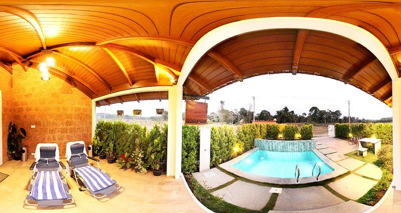 CAESAR'S VILLA Near SIXTH ELEMENT RESORTS, Rangasamudra, Karnataka 571234, vakantiewoning in Kodagu (Coorg)
