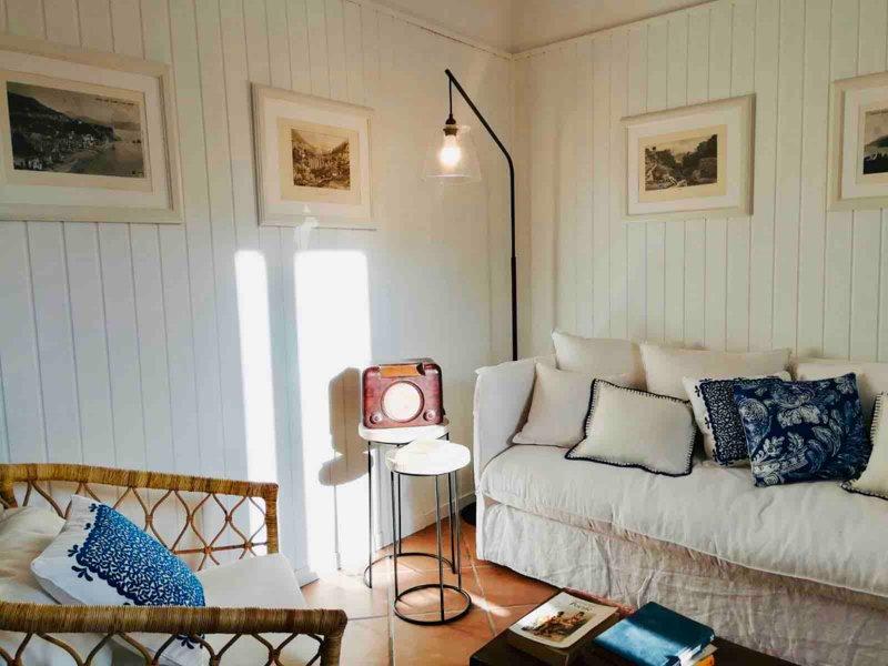 Villa Mina, ampio terrazzo a Vietri sul Mare in Costiera Amalfitana, holiday rental in Vietri sul Mare