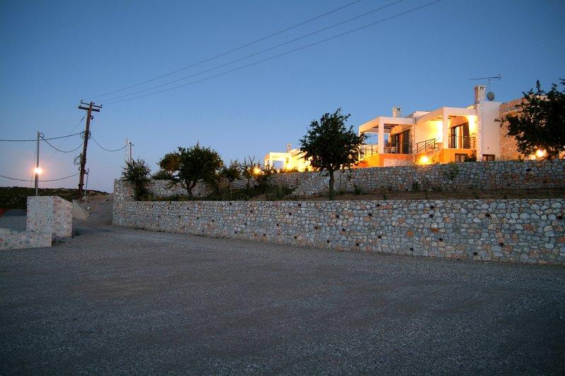 'Salentina' Luxury Villa Apartment, vacation rental in Paralio Astros