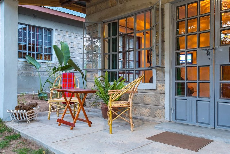 Muthoki Country Lodge - One bedroom cottage B4, holiday rental in Eastern Province